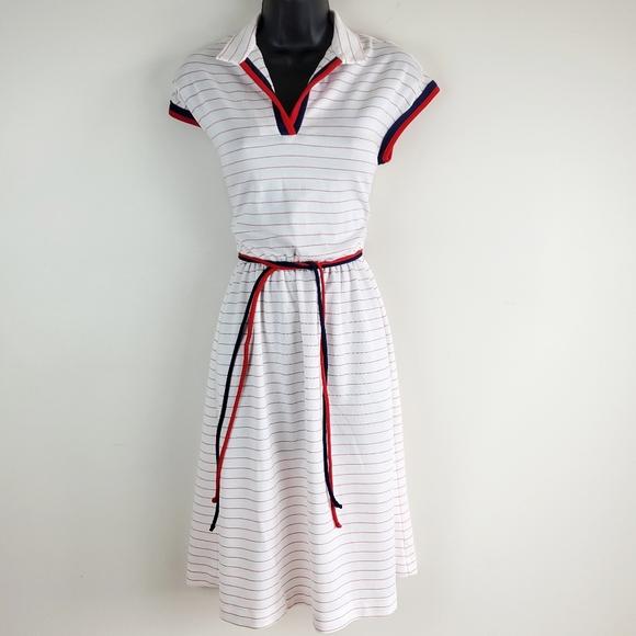 Vintage Dresses & Skirts - Vintage algo white collared dress